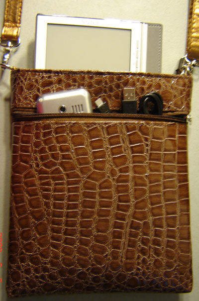 InStyle eReader Travel Bag for Sony Reader, Brown Color
